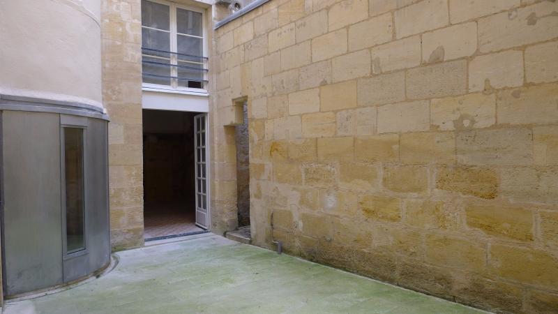 Appartement avec cour privative BORDEAUX, HB Immobilier, Agence Immobilière dans le Bassin d'Arcachon