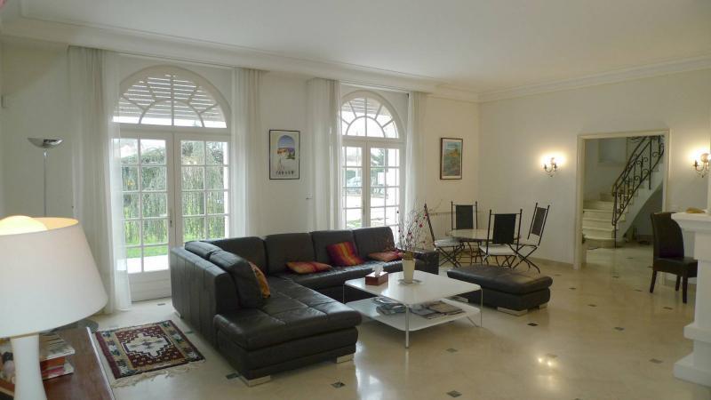 Une maison familiale agréable à vivre ARCACHON, HB Immobilier, Agence Immobilière dans le Bassin d'Arcachon