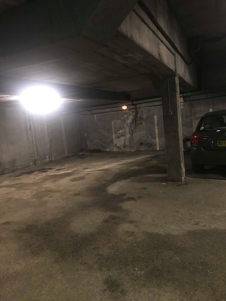 Place de parking souterrain