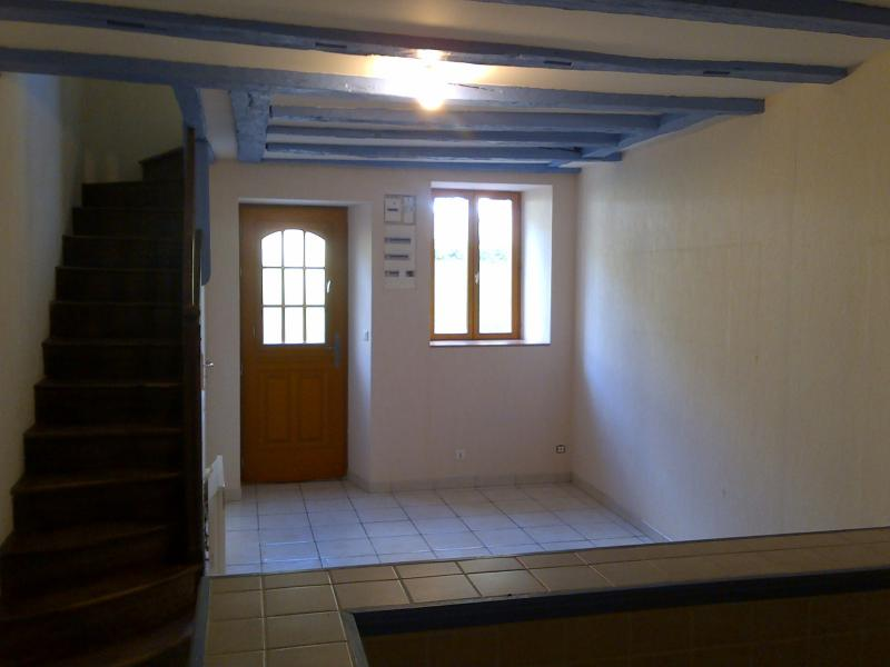 Location MONTMORILLON, PRES DE LA PLACE SAINT MARTIAL