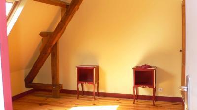Vue: Chambre, GARANCIERES - PROCHE TOUTES COMMODITES