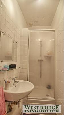 Vue: Salle de douche avec wc, GARANCIERES - PROCHE TOUTES COMMODITES