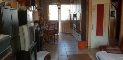 APPARTEMENT T3/4 - TRAVAUX A PREVOIR - RESIDENCE PRIVEE