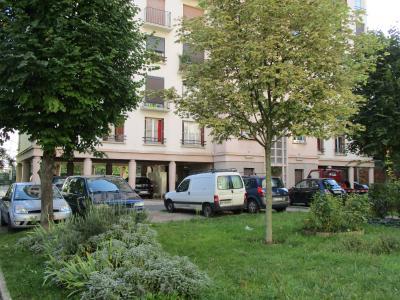 APPARTEMENT T4 - DOUBLE SEJOUR - 5 MINUTES DE LA MAIRIE