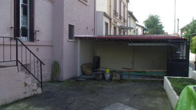 MAISON DE VILLE AVEC COUR ET GARAGE PROCHE FORT D