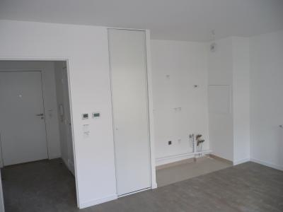 Studio 28M²-  Balcon - Parking S-S  Montrouge