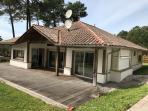 Vente Très belle Maison contemporaine sur un terrain clos et arboré de 2250 M2 avec piscine