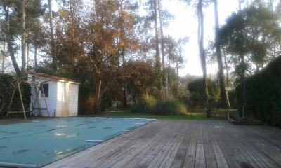 Direct sur le golf à 250 m de la plage,  maison 120 m2 piscine chauffée garage