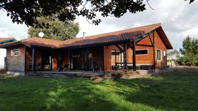 Au calme villa bois T4 123m2 grande terrasse