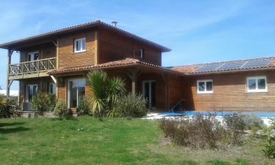 Villa architecte 145m2 et T2 35m2 piscine garage d�pendances
