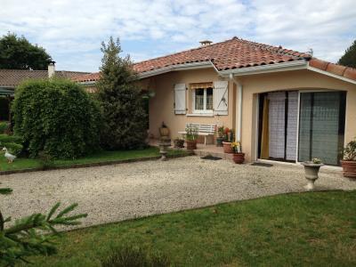 maison individuelle d'environ 100 M2 sur un terrain clos d'environ 730 M2
