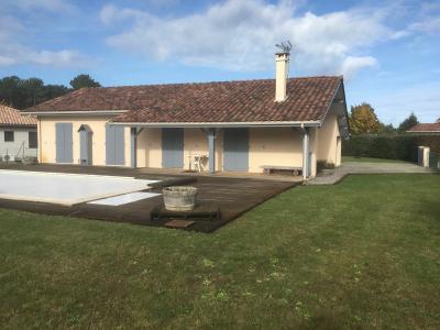 Maison  F5 sur terrain 1000m2 avec piscine au bourg Moliets et Maa