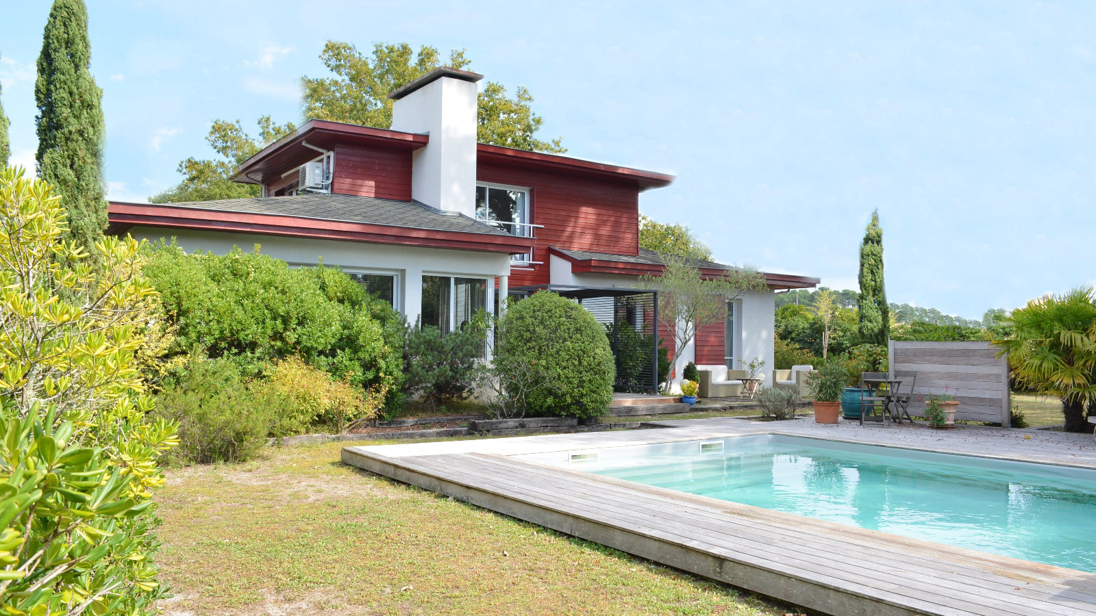 Andernos les bains villa d 39 architecte proche commerces for Piscine andernos