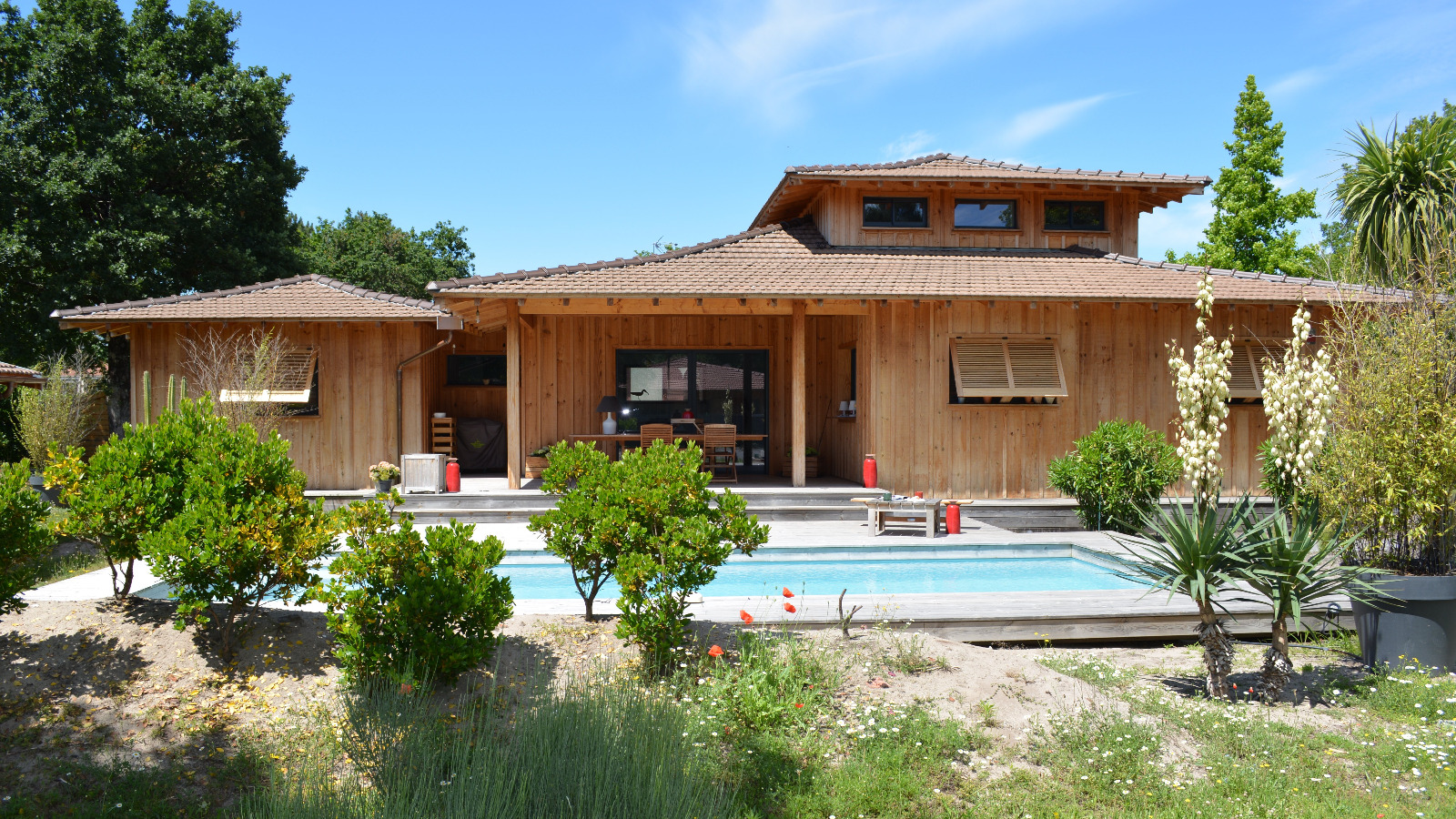 L ge cap ferret centre village maison en bois avec piscine immo prestige - Maison bois cap ferret ...