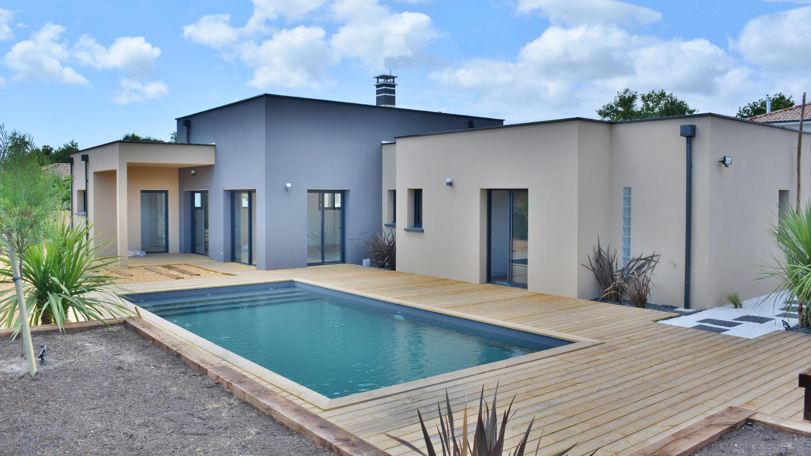 Ar s belle villa moderne proche for t et commerces immo prestige for Belles villas modernes