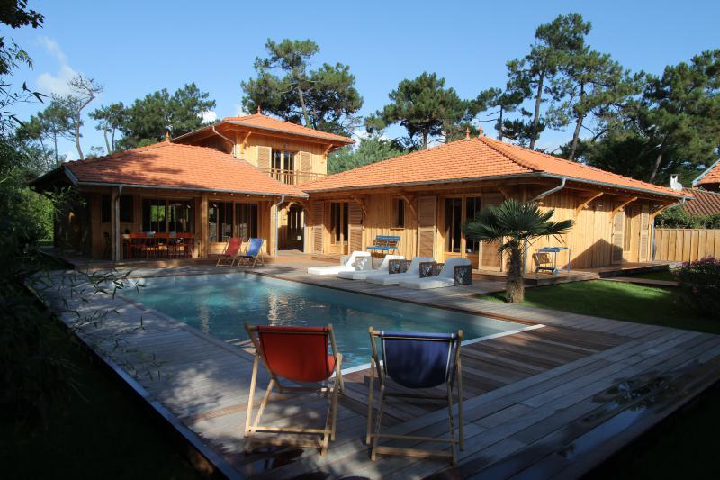 Villas au cap ferret vendre immobilier haut de gamme for Belles maisons du bassin