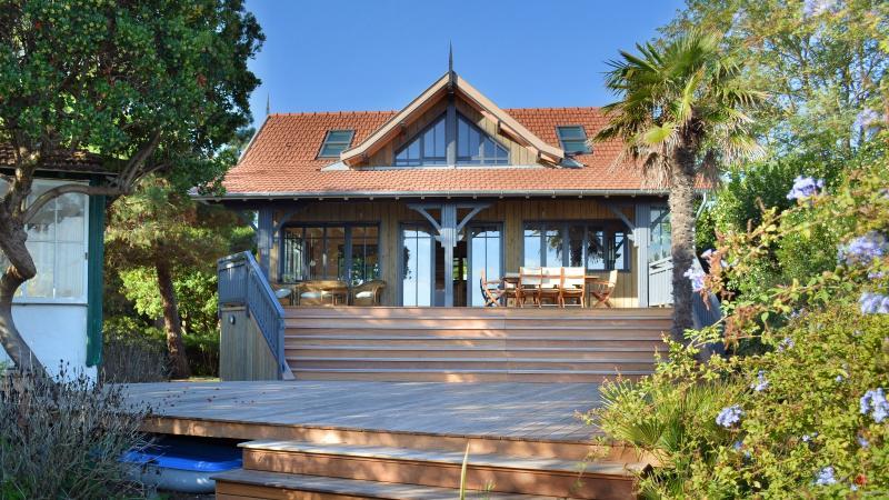 Location, Cap Ferret, 44 Hectares, Villa Pibolle, en première ligne du Bassin, accès directe plage
