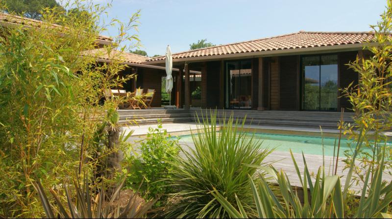 Pyla sur mer villa en ossature bois avec piscine vue - Camping dune du pyla avec piscine ...