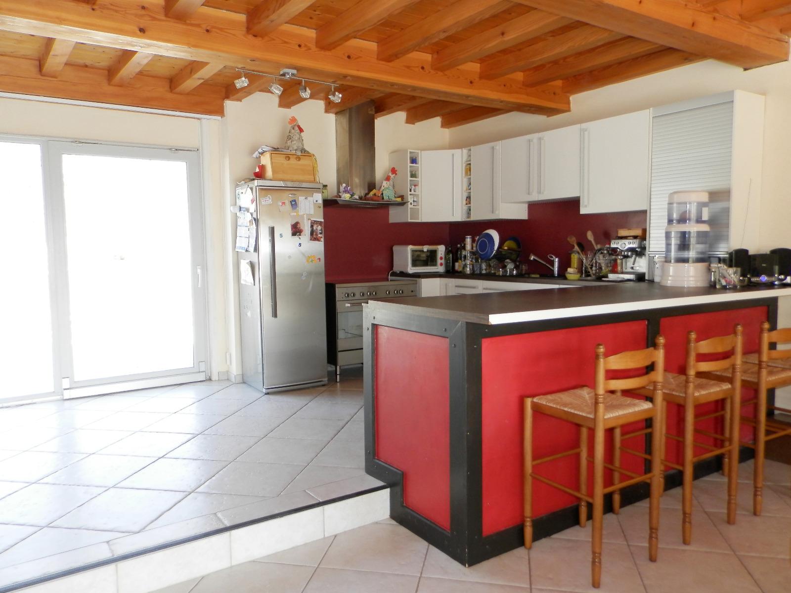 Vente axe lons le saunier dole maison 234 m sur - Cuisine lons le saunier ...