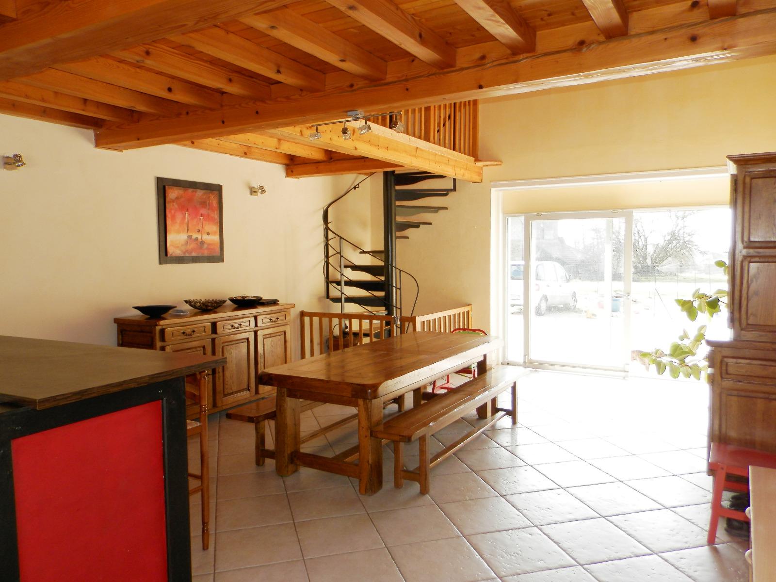 Vente axe lons le saunier dole maison 234 m sur terrain 4300 m 3d immobilier - Garage thevenod lons le saunier ...