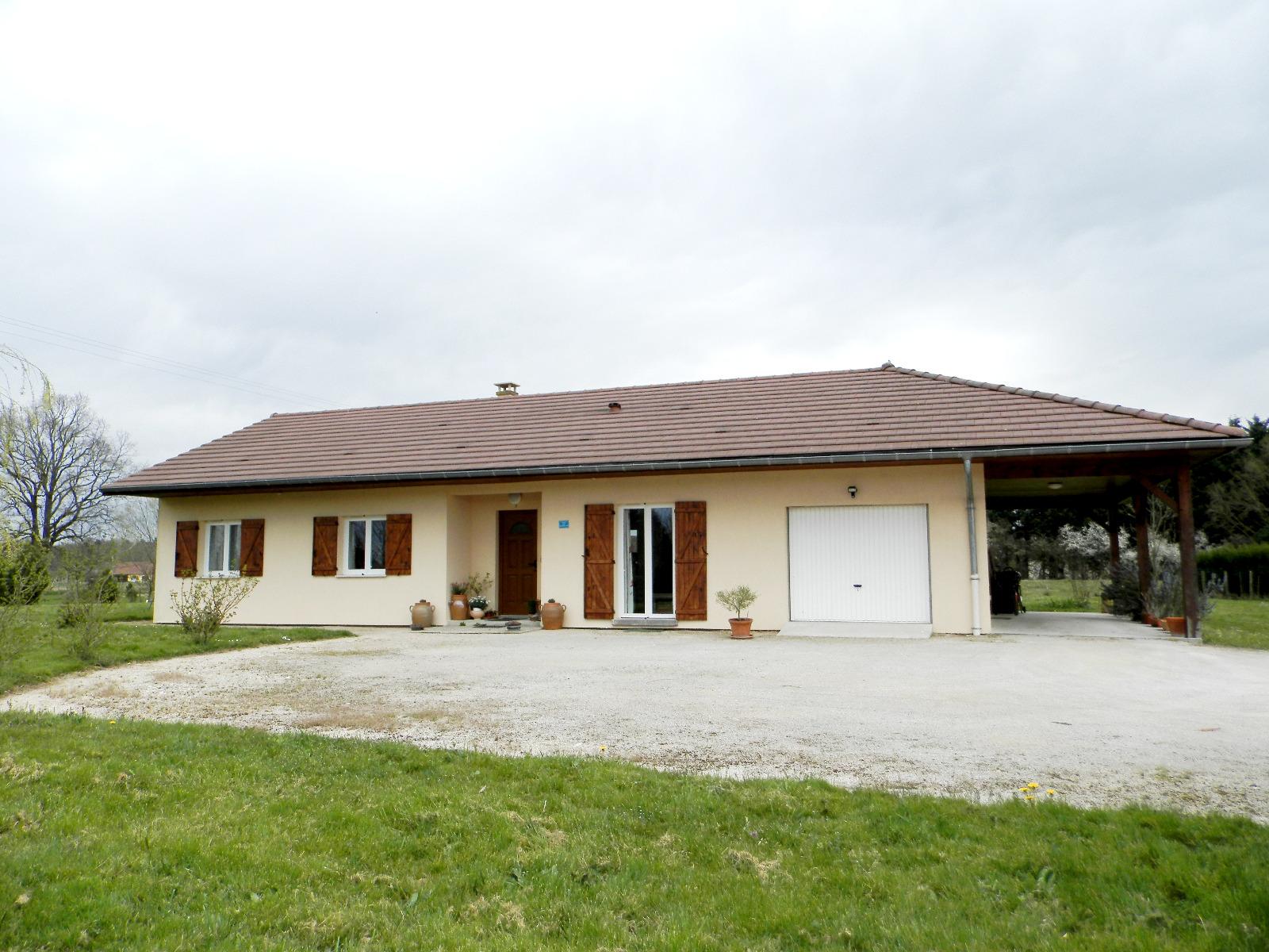 Vente louhans 71500 maison de plain pied 2009 106 m for Achat maison plain pied