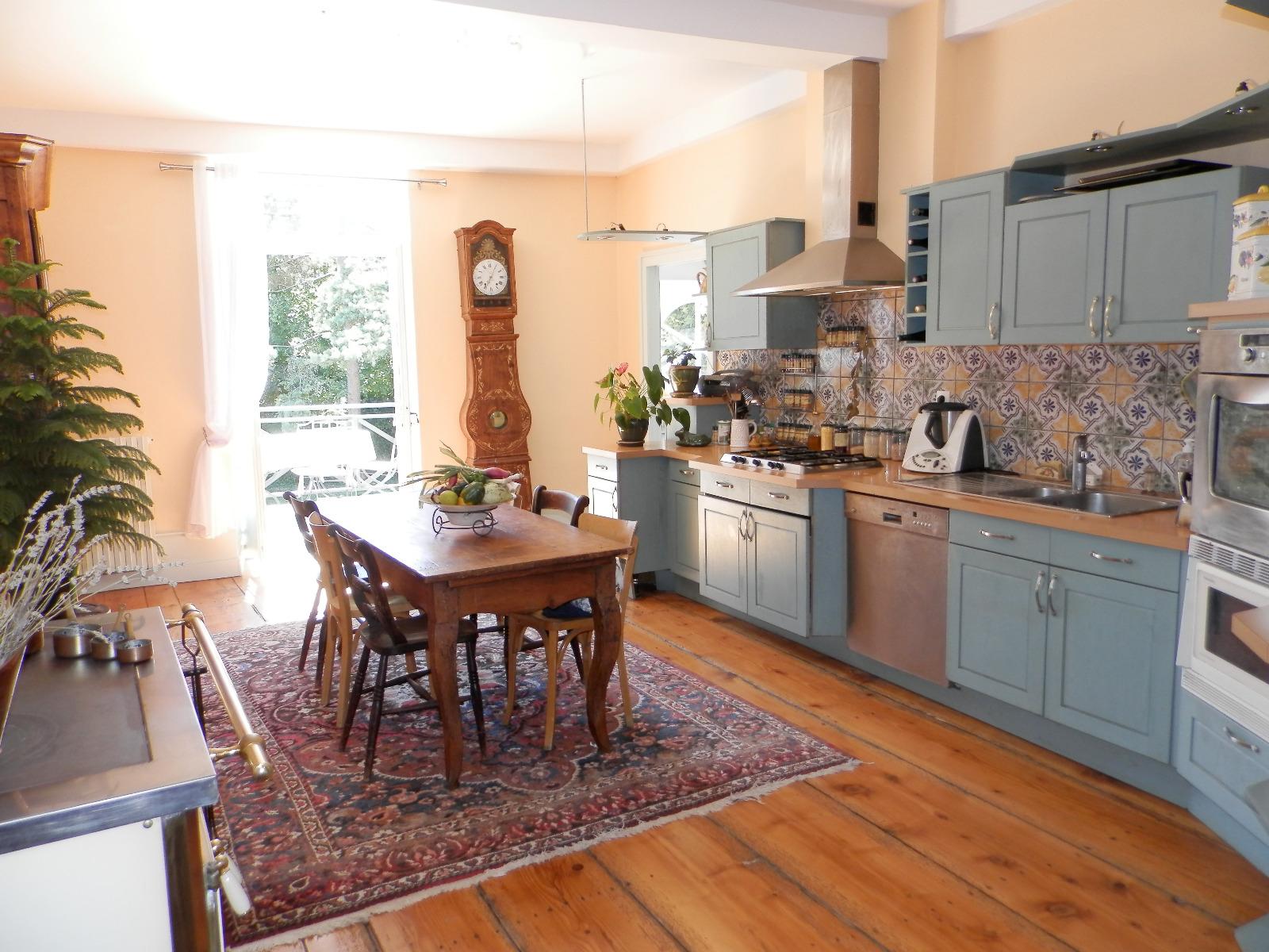 Lons le saunier vends maison vigneronne en pierre de 300 - Cuisine lons le saunier ...