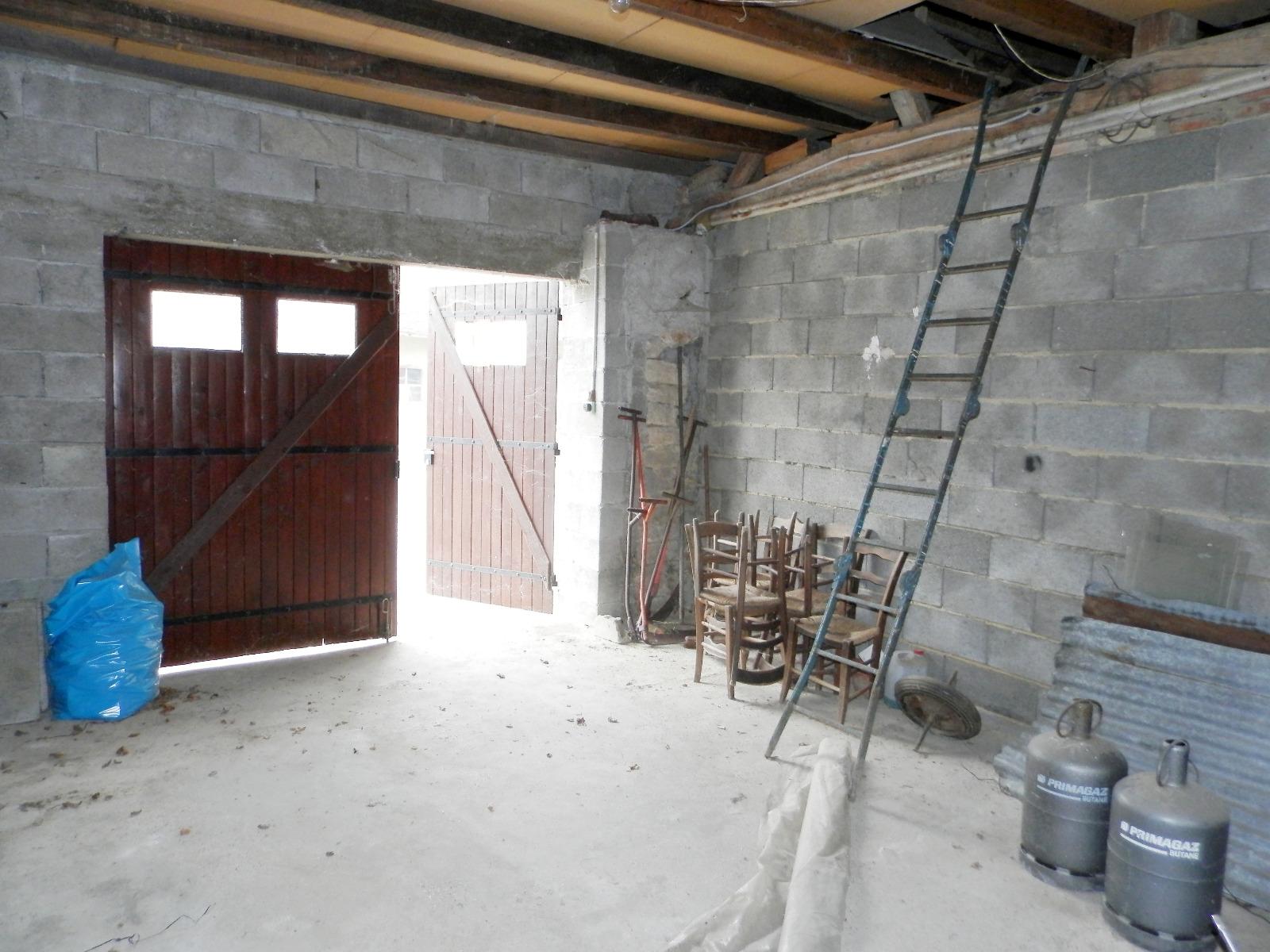 Vente proche lons le saunier et louhans 71 maison plain pied m terrain env 3500 m - Garage suzuki lons le saunier ...