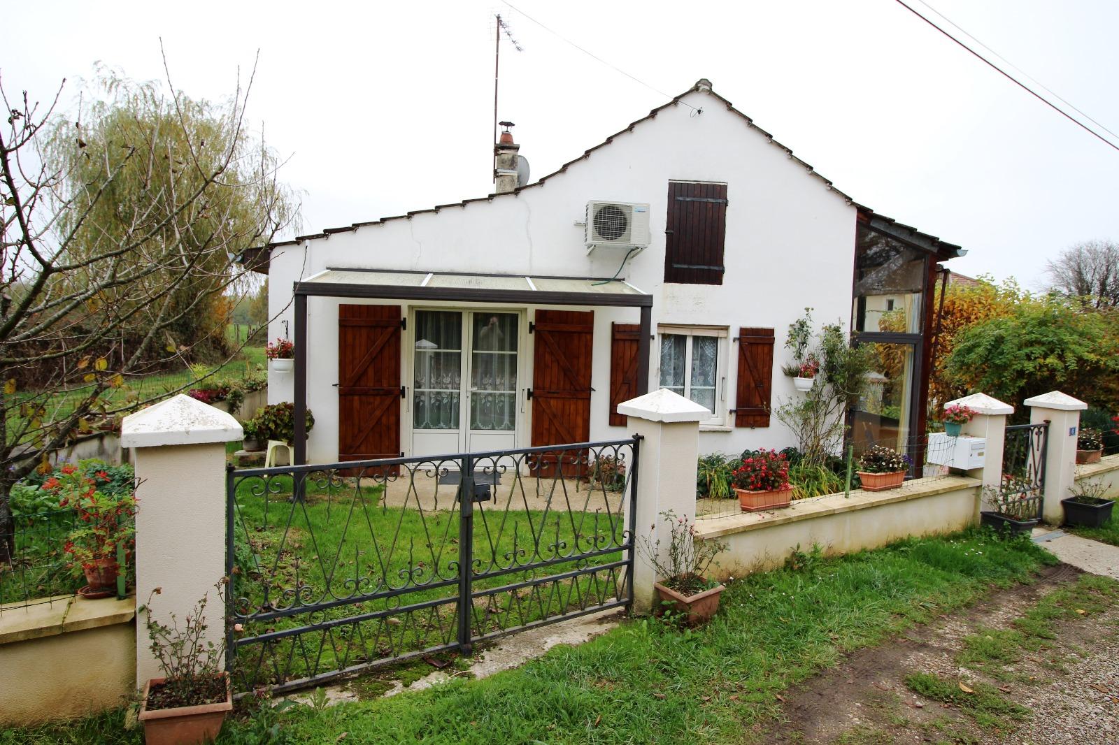 Chaumergy 39 jura vendre maison de campagne sur 590 for Vente maison jura
