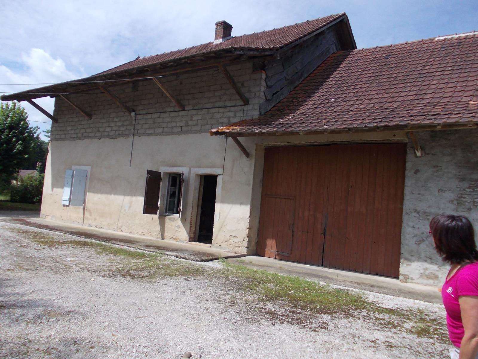 Chaussin 39 jura vends grande propri t ferme et maison for Vente maison jura