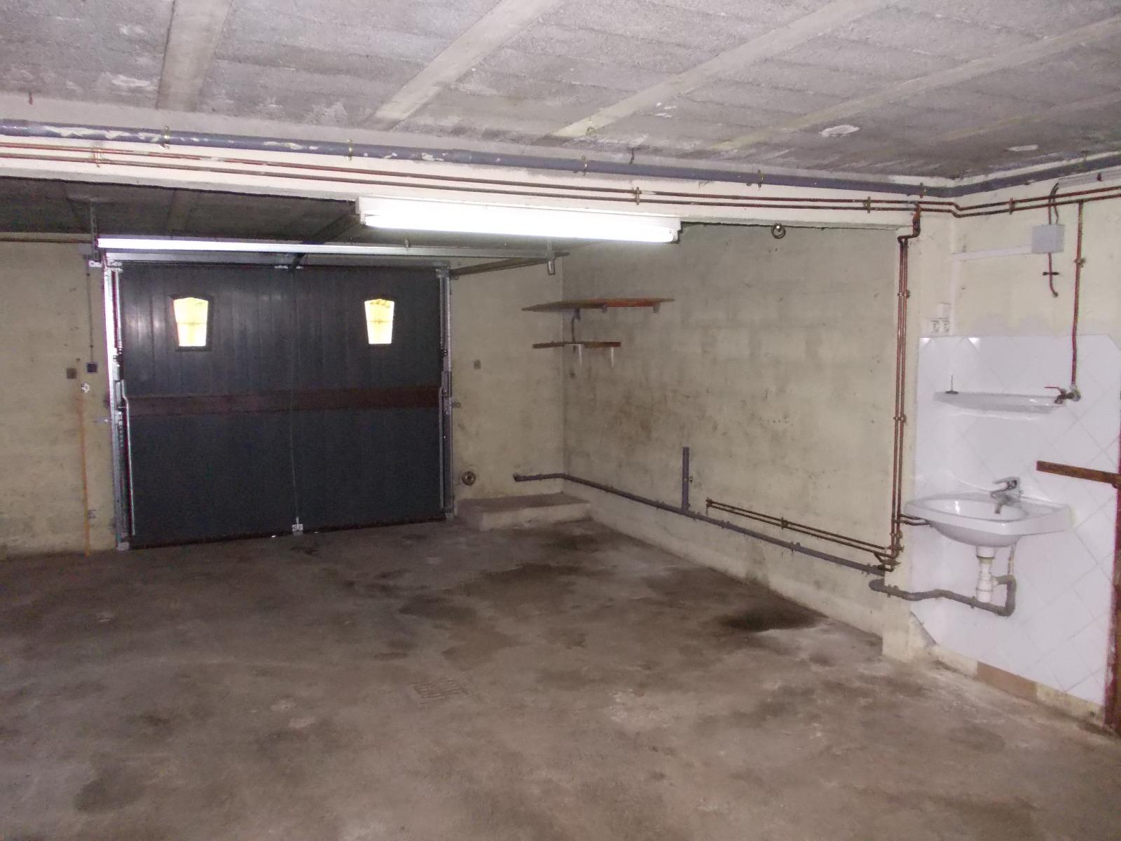 Secteur chaussin vends agr able maison de 5 pi ces 110m habitables sur terr - Frais de notaire achat garage ...