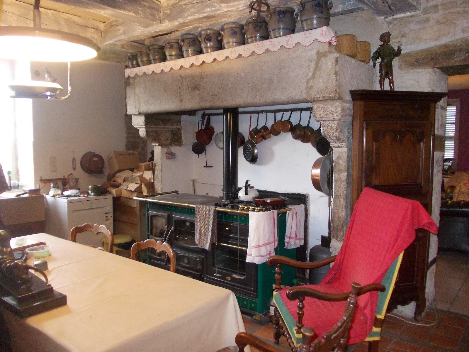 Secteur Dole, vends superbe maison bourgeoise de 24 pièces, 600m² ...