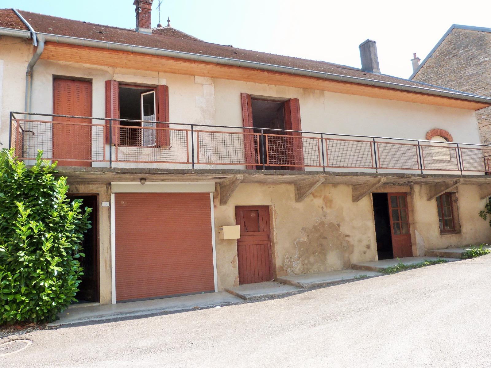 Lons le saunier 11km vends maison r nover 1er tage appartement rez de chauss e atelier - Frais de notaire achat garage ...