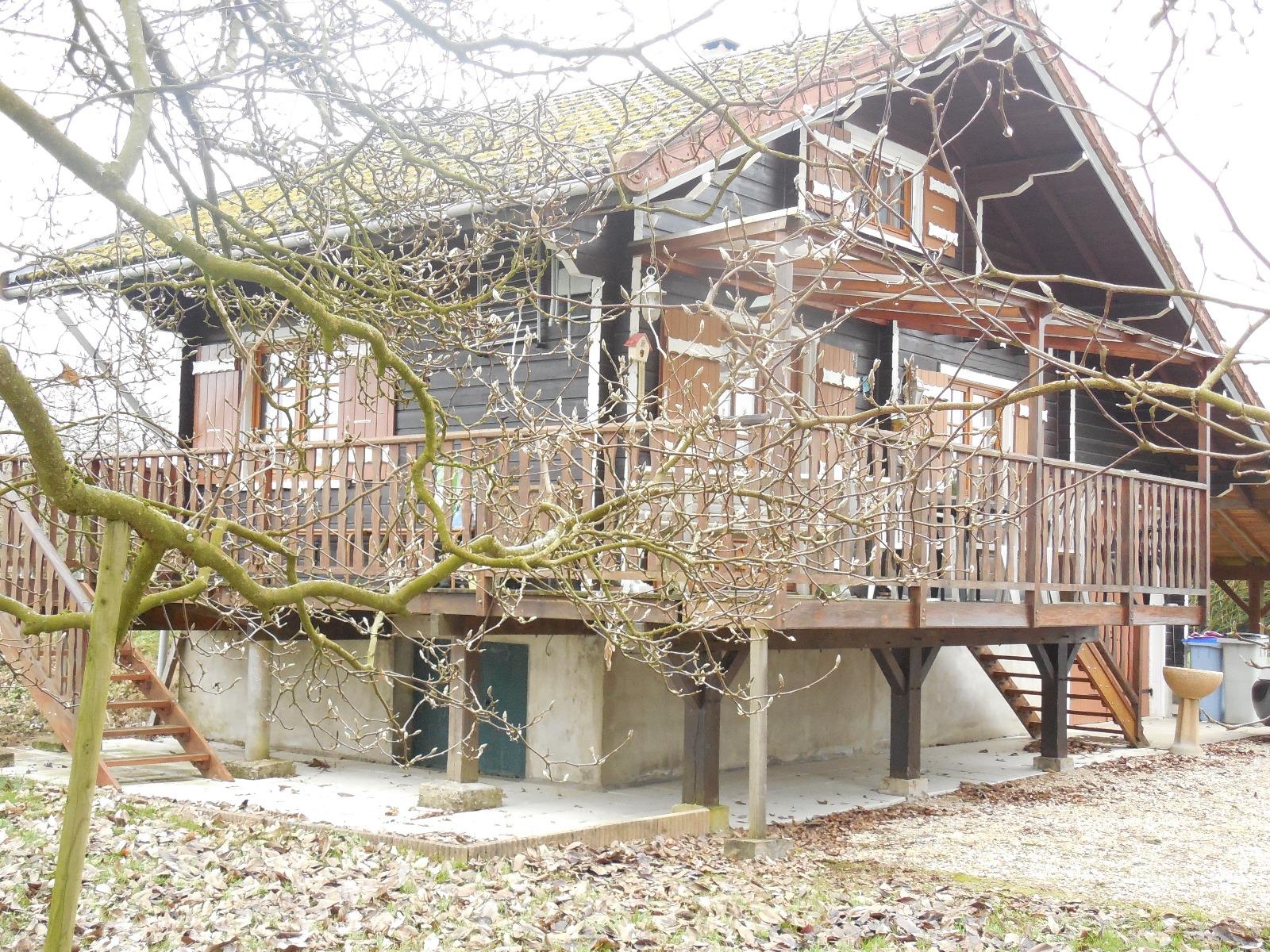 Secteur chaussin a vendre maison chalet de 60 m for Cuisine 3d dole