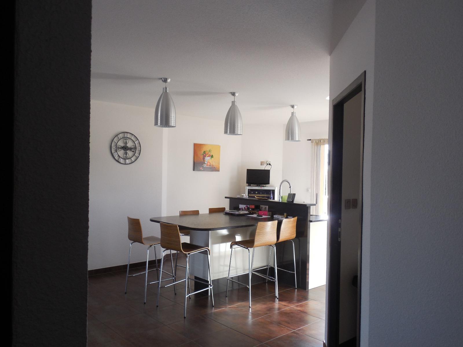 Dole sud a vendre maison contemporaine de 10 pi ces 4 for Cuisine 3d dole