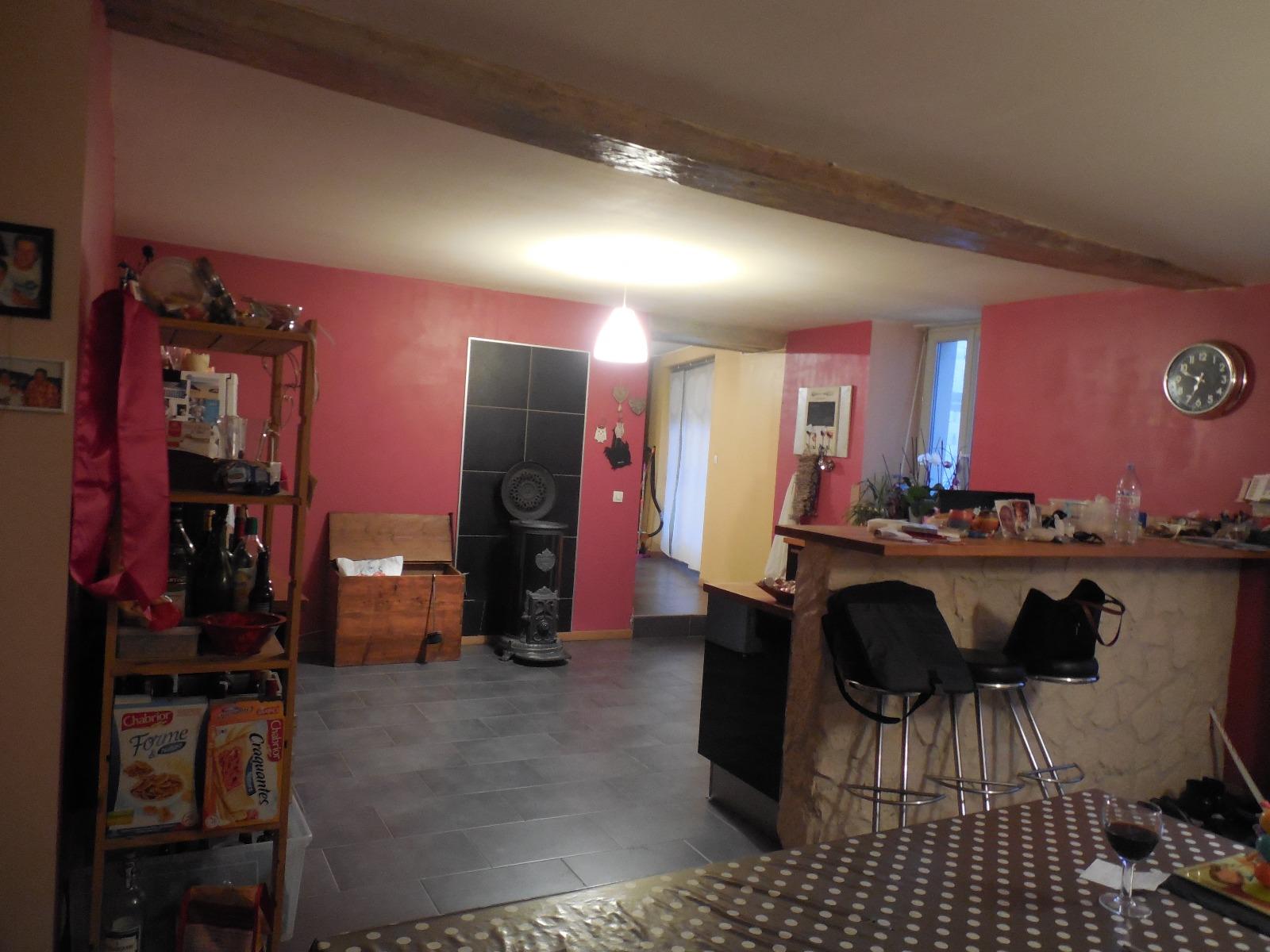 Moissey 39290 a vendre maison de village 7 pi ces 3 for Cuisine 3d dole