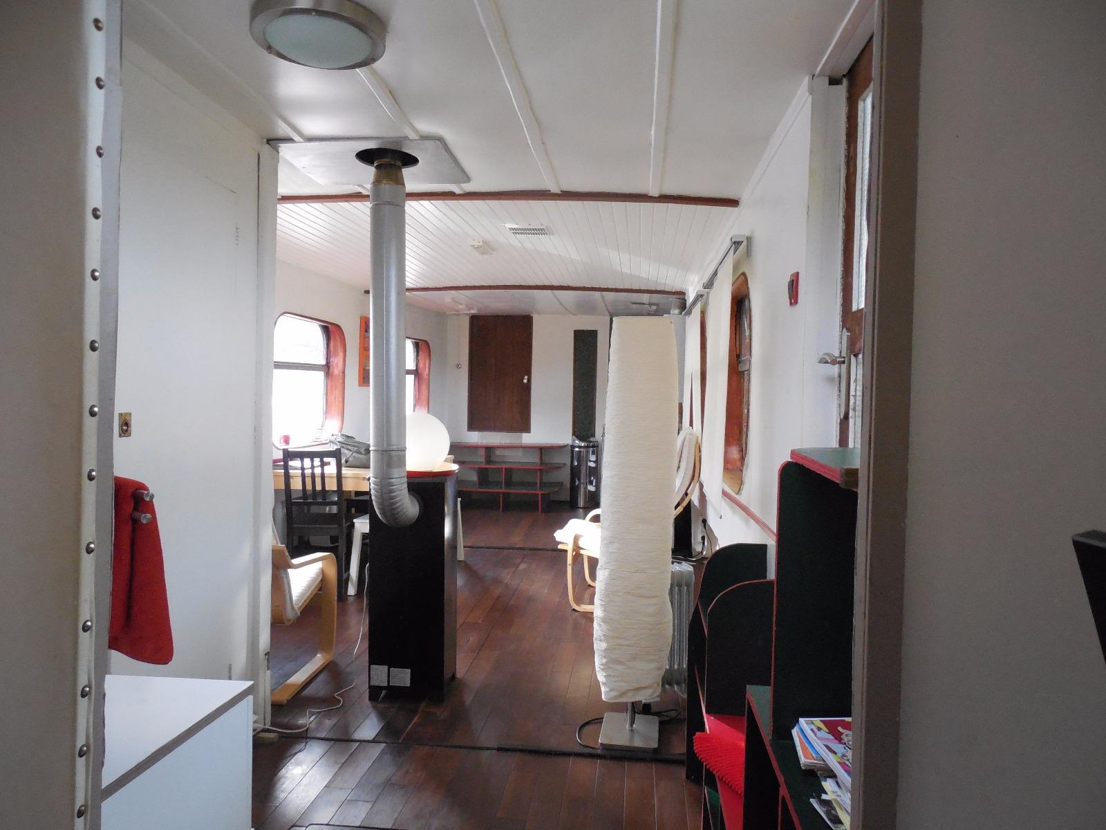 Dole Péniche chambre d h´te appartement en parfait état