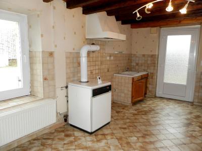 Vente proche BLETTERANS (39), maison de plain-pied, 65 m² sur terrain de 757 m², CUISINE AMENAGEE 13 m²