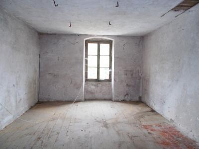 Vente VOITEUR (39210), maison en pierre à rénover 145 m² environ, sur terrain 1181 m², LOGEMENT ETAGE