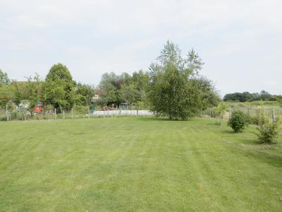 Vente LOUHANS (71500), maison de plain-pied (2003), 92 m², 4 chambres, terrain 1620 m², VUE TERRAIN