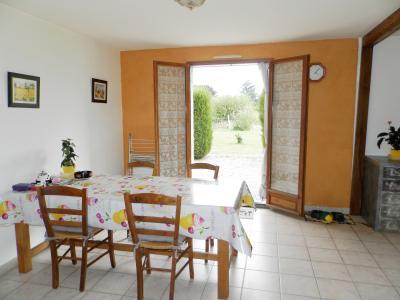 Vente LOUHANS (71500), maison de plain-pied (2003), 92 m², 4 chambres, terrain 1620 m², PIECE DE VIE 38 m²