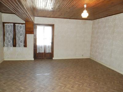 Vente LOUHANS (71), ferme-manoir 16ième siècle, de 215 m² env. sur terrain 6736 m², PIECE 23 m²