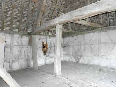Vente LOUHANS (71), ferme-manoir 16ième siècle, de 215 m² env. sur terrain 6736 m², PIECE ETAGE 54 m²