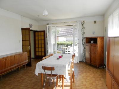 Vente proche BLETTERANS (39), maison de 100 m² + garage,  sur terrain 991 m², SEJOUR 25.70 m²