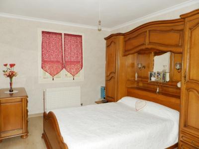 Secteur MERVANS (71), vends maison familiale 110 m² env. + dépendances, sur terrain 5500 m², CHAMBRE 12 m²