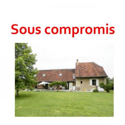 Vente BLETTERANS (39), ferme rénovée de 150 m² sans voisinage proche, terrain 25694 m², VUE TERRAIN
