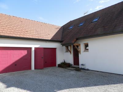Vente secteur BLETTERANS (39), maison familiale 121 m² (2006), sous-sol enterré, terrain 1508 m², ENTREE avec placards