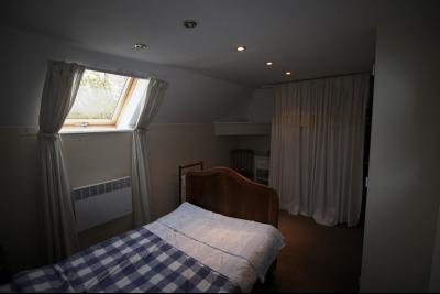 ST GERMAIN DU BOIS, à vendre ferme bressane rénovée de 7 pièces sur terrain de 8000 m²., Chambre 3 étage