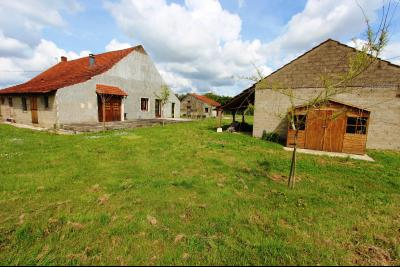 Bellevesvre (71 - Saône et Loire), à vendre maison rénovée avec 2 chambres et dépendances., Vue d
