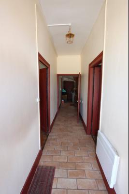 Poligny (39 JURA), à vendre belle demeure du 15° siècle à rafraichir et personnaliser., Entrée 6 m²