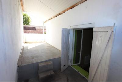 Bletterans centre, à vendre maison de ville avec garage, 1 chambre., Terrasse 14 m² côté chambre